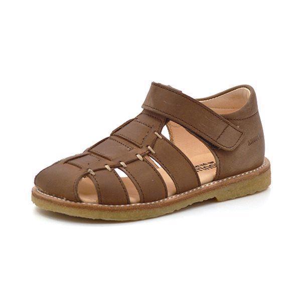 89a38531ce4 Angulus lukket sandal mørk cognac - Lækker lukket sandal fra Angulus i mørk  cognacfarvet læder med