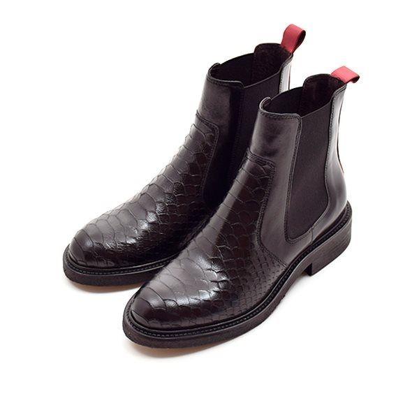 støvle i sort snake med rød stribe bagpå | Billi Bi