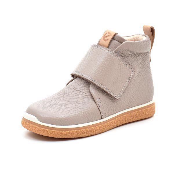 06b3dee17df0 Kæmpe udvalg i sko til drenge