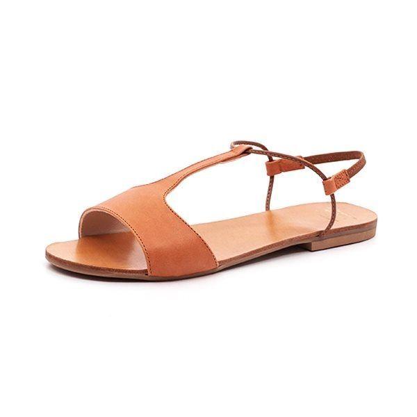 Manuela De Juan Mikonos sandal cognac - Skøn sandal fra Manuela De Juan i cognacfarvet skind. Sandalen har elastisk hælrem, indersål af læder og ydersål af gummi. Normal pasform. Indvendige mål Str. 36: 22,6 cm Str. 37: 23,3 cm Str. 38: 23,9 cm Str. 39: 24,5 cm Str. 40: 25,2 cm Str. 41: 25,9 cm